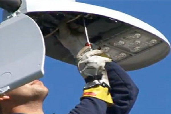 Installation of Pole Mounted LED Fixtures